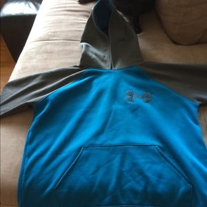 Under Armour hoodie.  Youth large.